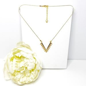 Embellished V Pendant Gold Necklace